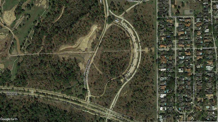 E Memorial Loop Overhead Image